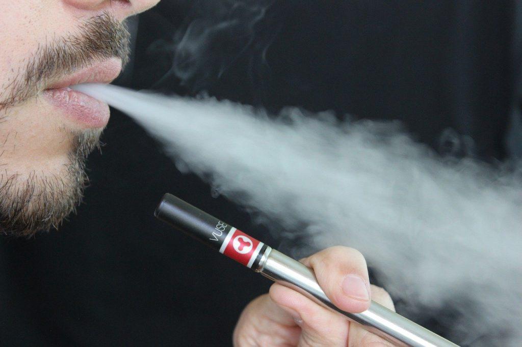 Cigarette electronique kit