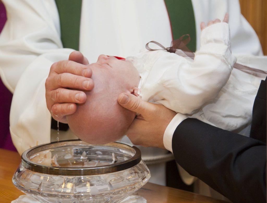 Affiche baptême personnalisée pour marquer un événement unique